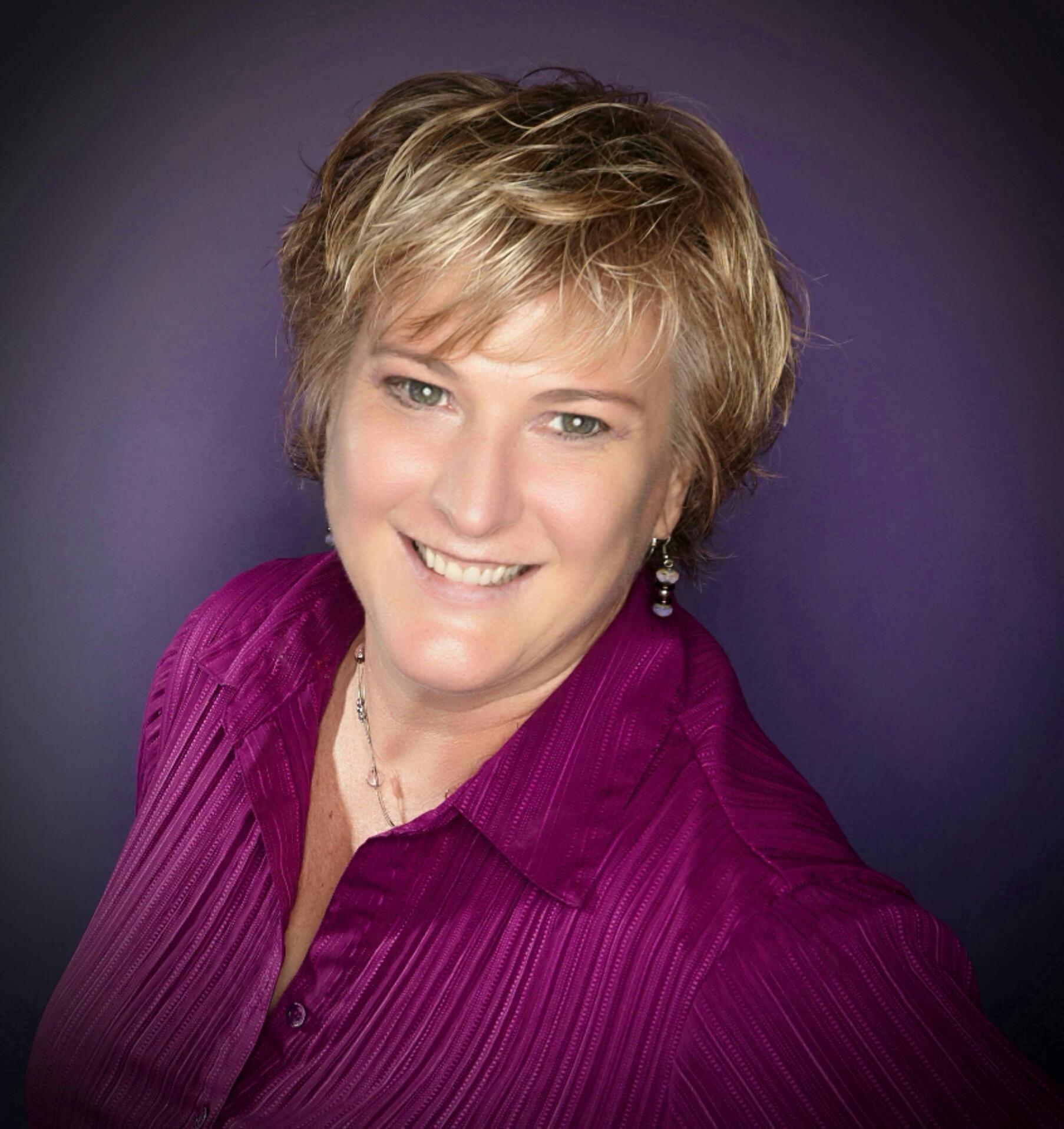 Headshot of Michelle Calloway