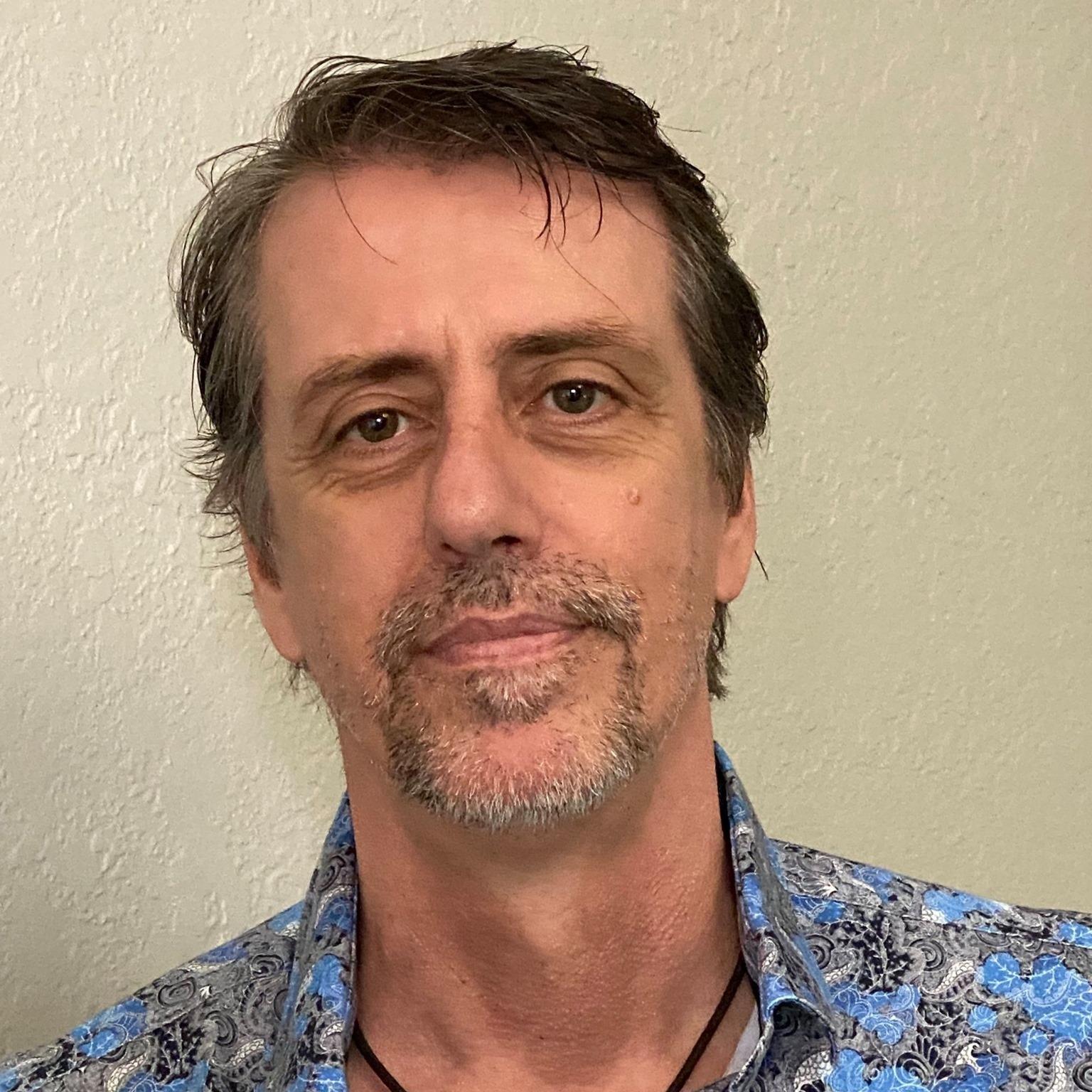 Tim Gillette - headshot